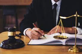 Cancelled Flight Compensation: get a lawyer to get your compensation