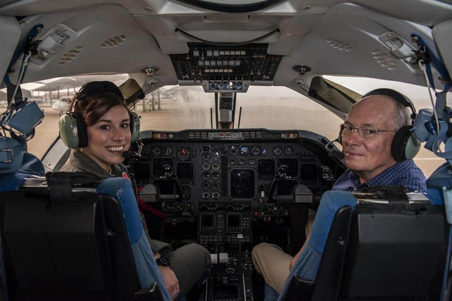12 Best Flight Schools In California for student Pilot